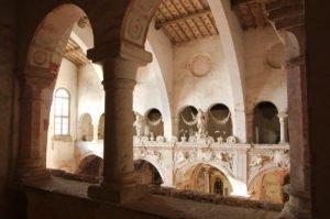 Chiesa di San Nicola, suggestiva veduta dei matronei