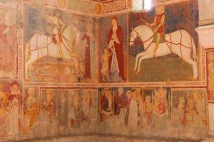 Chiesa di San Giorgio, affresco con Sant'Alessandro a cavallo, Vergine con il Bambino, San Giorgio e la principessa
